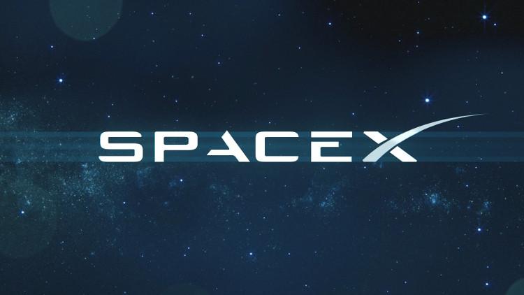 SpaceX là một công ty tư nhân về vận chuyển trong không gian được thành lập bởi Elon Musk.