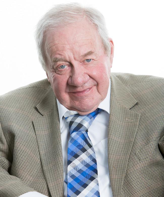 Giáo sư Ronald Drever qua đời vài tháng trước ngày công bố giải Nobel Vật lý 2017.