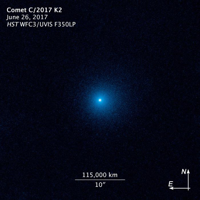 Hình ảnh chụp sao chổi C/2017 K2 bởi kính Hubble khi nó nằm cách chúng ta 2,4 tỷ km.