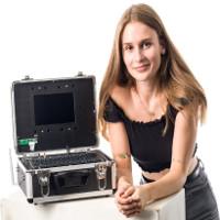 Cô bé 19 tuổi tạo ra một hệ thống hack để dạy mọi người tầm quan trọng của bảo mật