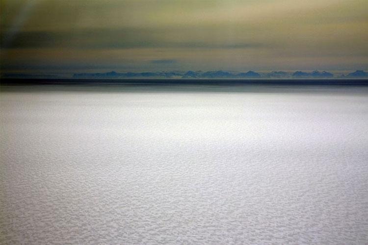 Bề mặt phía trên của tầng băng Dotson