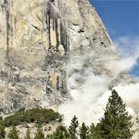 Giải mã hiện tượng hàng loạt núi đá sạt lở domino