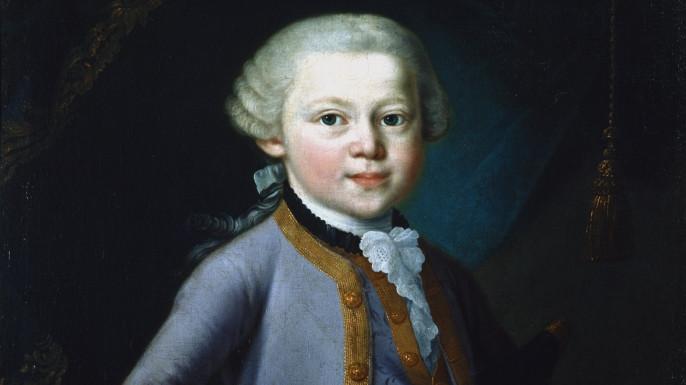 Mozart chơi đàn từ khi 3 tuổi.