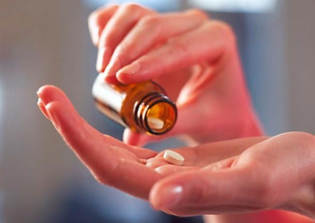 Thuốc hay các dụng cụ y tế cơ bản