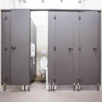 Bí kíp tránh lây bệnh từ nhà vệ sinh công cộng