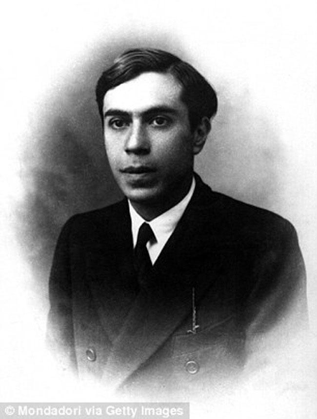 Ettore Majorana (IQ: 183-200)