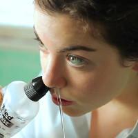 Cách đơn giản rửa mũi phòng bệnh hô hấp