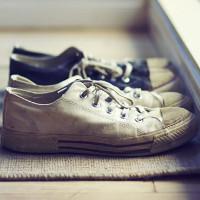 Những loại nấm và vi khuẩn theo giày xâm nhập vào nhà