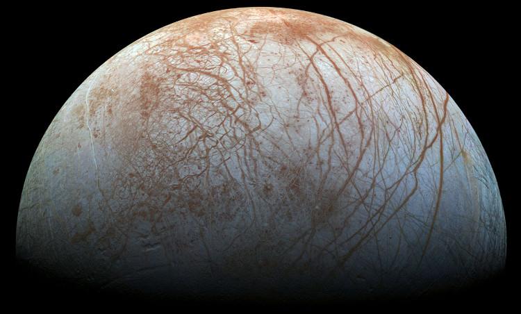 Ảnh chụp vệ tinh Europa của Sao Mộc do tàu vũ trụ Galileo chụp vào những năm 1990.