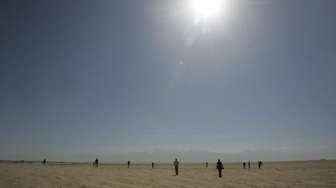 Sa mạc Taklimakan ở Tân Cương.