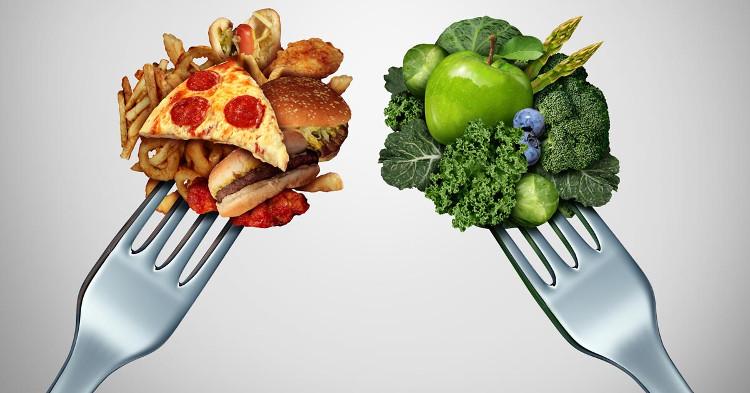 Hạn chế ăn fastfood và các thực phẩm không lành mạnh.
