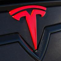 """Hóa ra, logo hình chữ """"T"""" của Tesla có một ý nghĩa khác không ai ngờ tới"""