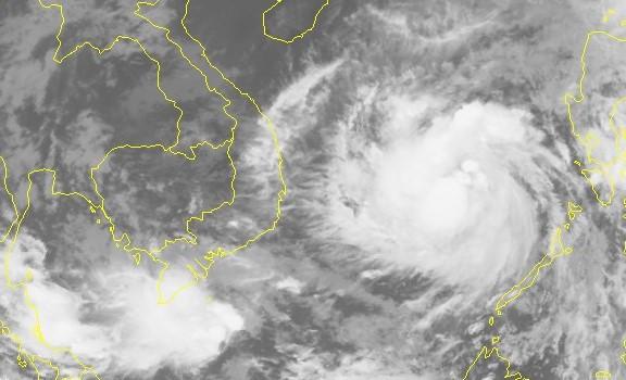 Hình ảnh vệ tinh của cơn bão số 12