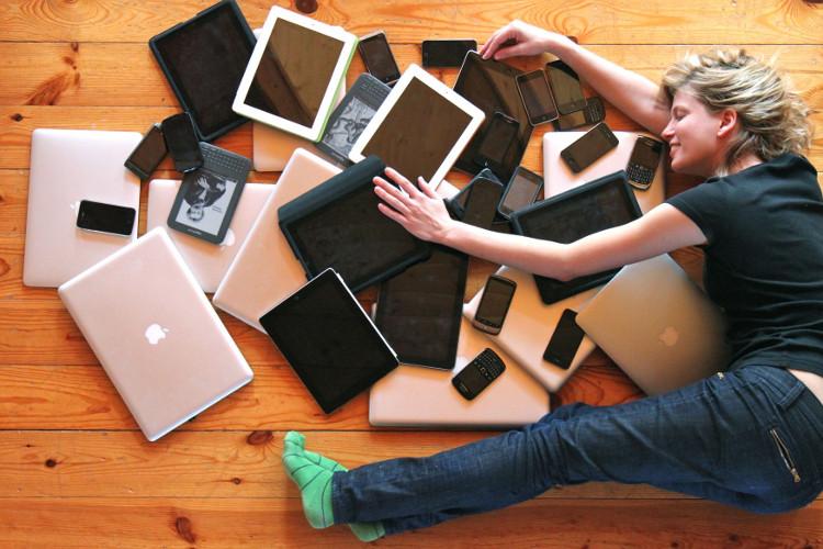 Trong tương lai không xa, chúng ta sẽ được sở hữu những màn hình điện thoại, tablet rẻ hơn.