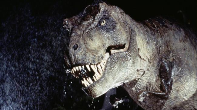 Có lẽ cánh tay ấy có nhiều công dụng hơn với các T-rex non trẻ.