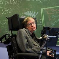 Những tiên tri đáng sợ của thiên tài Stephen Hawking