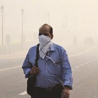 Video: Hít thở ở New Delhi độc hại như hút 50 điếu thuốc lá
