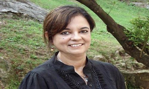 Anita Moorjani có trải nghiệm thoát xác khi đang hôn mê sâu.