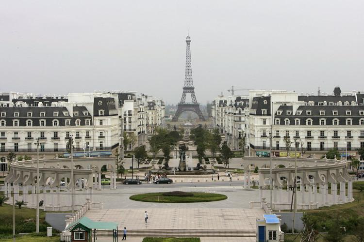 """Khu đô thị Tianducheng được xem là một Paris """"phiên bản"""" thu nhỏ của phương Đông."""