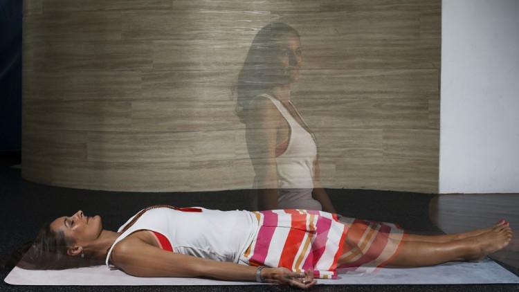 Rosalie e'Silva có thể tiến vào trải nghiệm thoát xác khi nằm thư giãn.