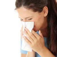 Cách phòng tránh viêm mũi dị ứng mùa lạnh ẩm