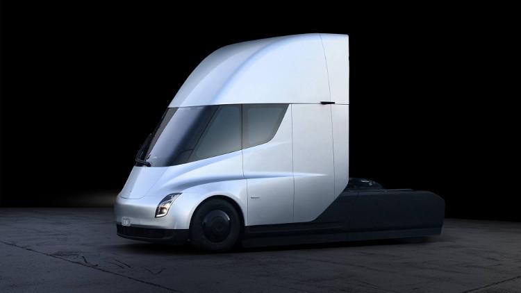 Tesla hứa hẹn trong tương lai, xe sẽ có nhiều chức năng hơn, thông qua những đợt cập nhật phần mềm.