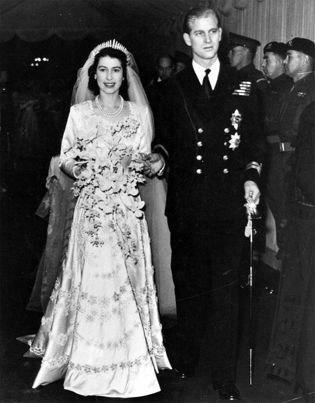 Nữ hoàng Elizabeth và Hoàng tế Philip.