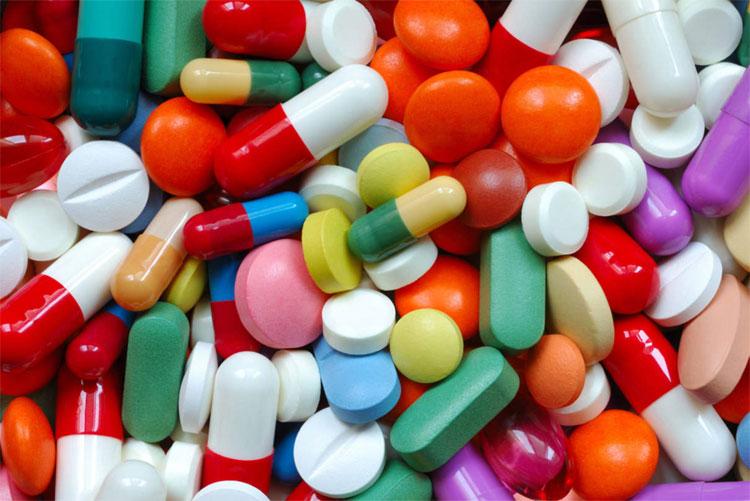 Thuốc kháng sinh.