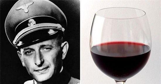 rước khi ra pháp trường, Eichmann chỉ xin một chai rượu vang.
