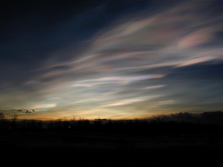 Mây xà cừ hình thành ở Nam Cực