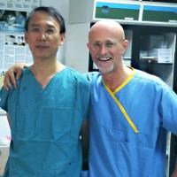 Bác sĩ ghép đầu người bác tin phẫu thuật thành công