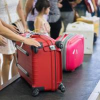 Làm thế nào để vali luôn xuất hiện đầu tiên trên băng chuyền?