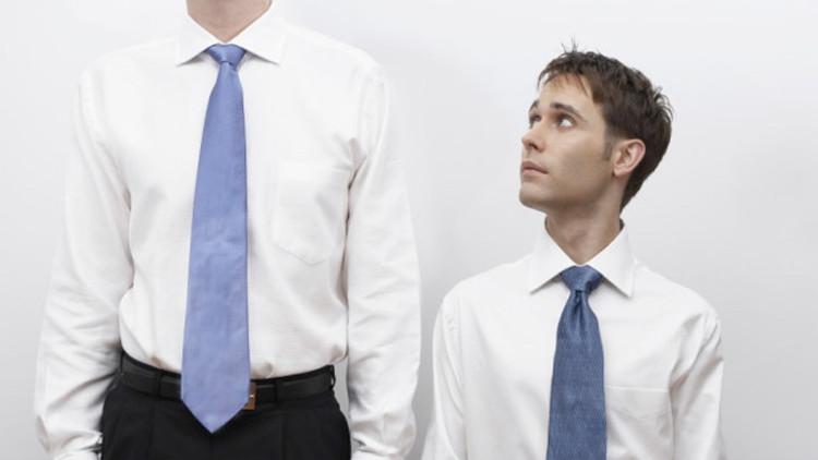 Người có chiều cao kiếm được nhiều tiền hơn các đối tác thấp hơn của họ, đặc biệt là ở nam giới.