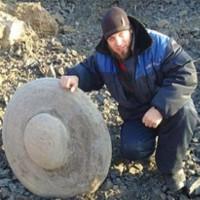 """UFO được tìm thấy ở Nga còn chứa """"thi thể của người ngoài hành tinh""""?"""