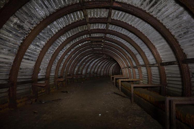 Các chuyên gia cho biết hầm trú này có thể dài hơn những gì họ nhìn thấy.