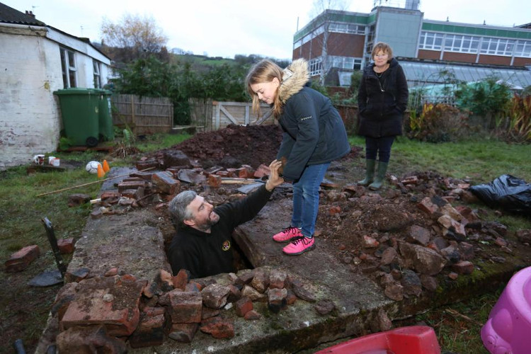 Hầm trú bom được phát hiện ở thị trấn Mitcheldean, nước Anh.