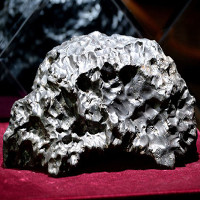 Người cổ đại chế tạo đồ sắt từ thiên thạch