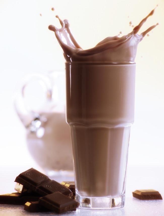 Sữa socola là lựa chọn số 1 khi cơ thể mất quá nhiều năng lượng hoặc luyện tập căng thẳng.