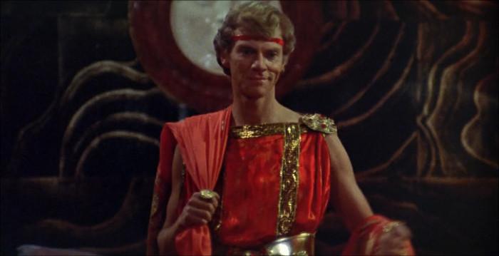 Hình ảnh hoàng đế Caligula trong bộ phim gây tranh cãi nói về cuộc đời ông.