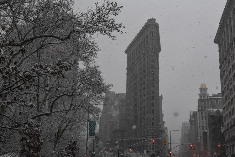 Ảnh chụp thành phố New York trong ngày đầu tiên của đợt tuyết rơi.