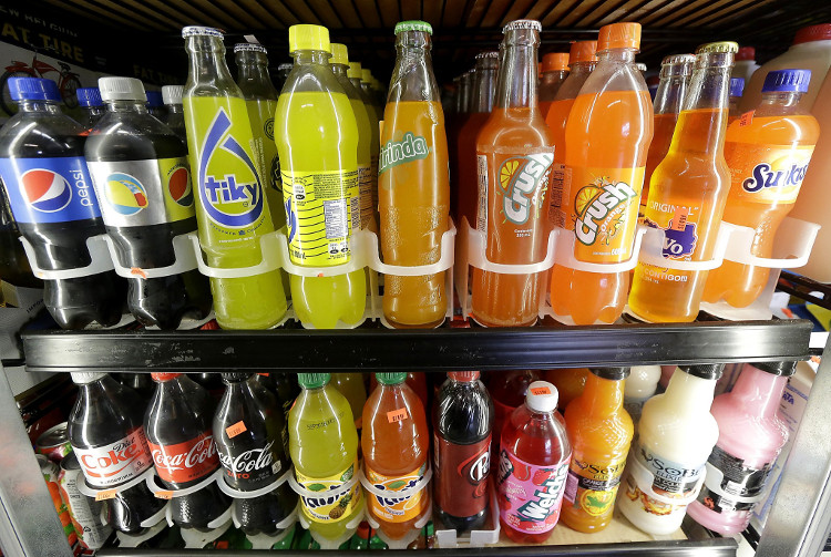 Chính phủ Thái Lan đề xuất, và đánh thuế thêm vào những loại đồ uống có chứa nhiều hơn 6 gam đường/100ml.