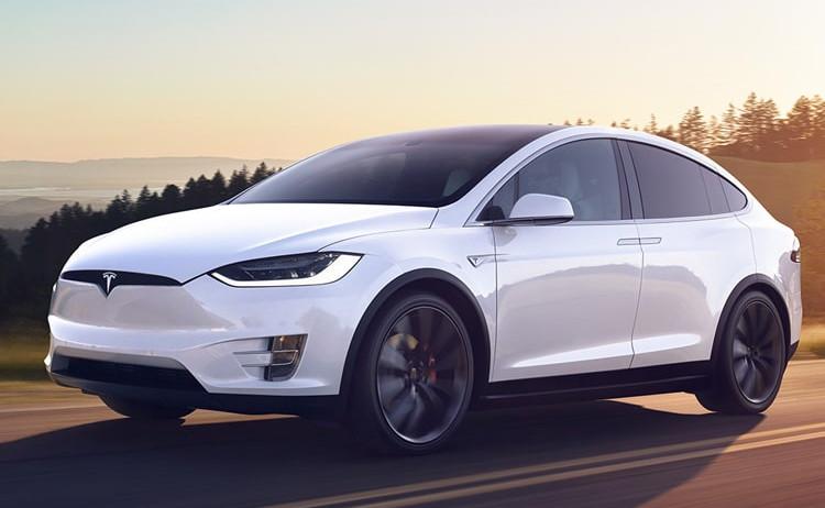 Khách hàng của Tesla sẽ phải chi thêm 5.000 USD để sở hữu tính năng vô cùng tiện lợi này.