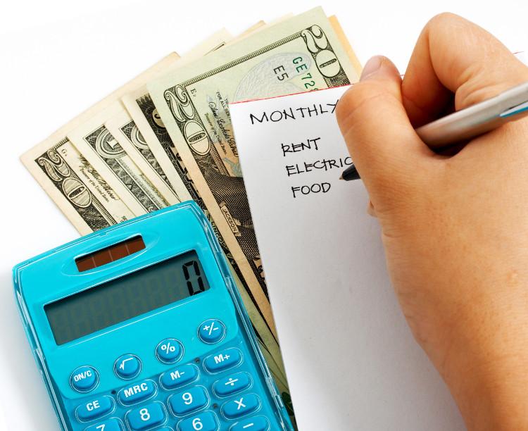 Bạn có thể kiếm tiền dễ dàng, nhưng có khi lại không biết tiết kiệm như thế nào.