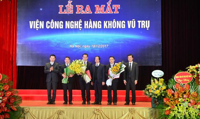 Đây là lần đầu tiên, tại Việt Nam có một trường đào tạo về lĩnh vực Hàng không vũ trụ.