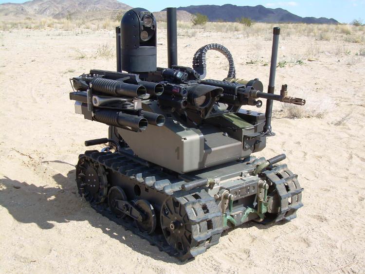 Một robot chiến đấu của quân đội Mỹ.