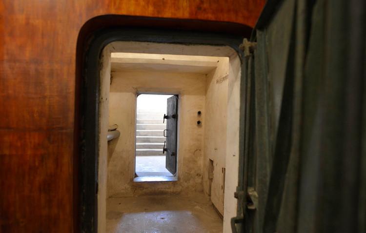 Sau 45 năm, công chúng được xem hình ảnh, hiện vật cũng như toàn bộ kết cấu của hầm.