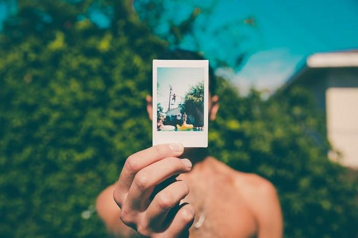 Người bình thường có thể được cấy ký ức về những sự kiện chưa từng diễn ra