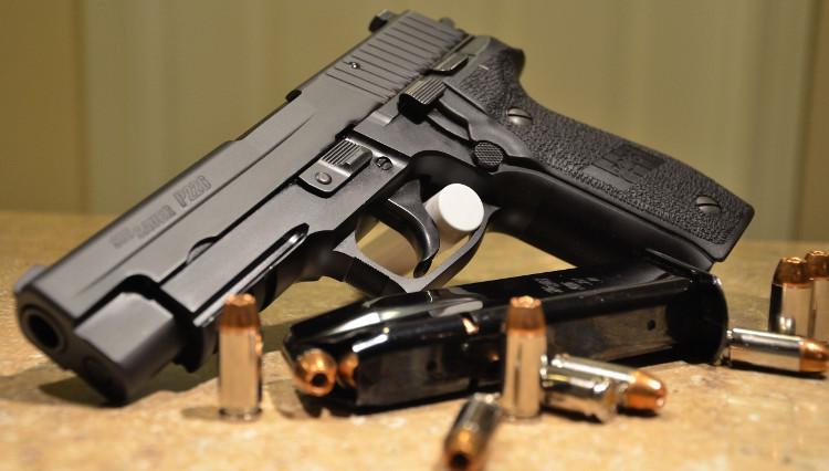 SIG Sauer P226 được đặc nhiệm SEAL Mỹ tin dùng trong suốt 28 năm.