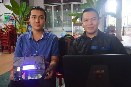 Nguyễn Trần Phước (trái) và Phạm Trung Phong (phải)