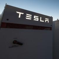 Nhà máy pincủa Elon Musk khắc phục sự cố mất điện của một bang nước Úc trong 140mili giây
